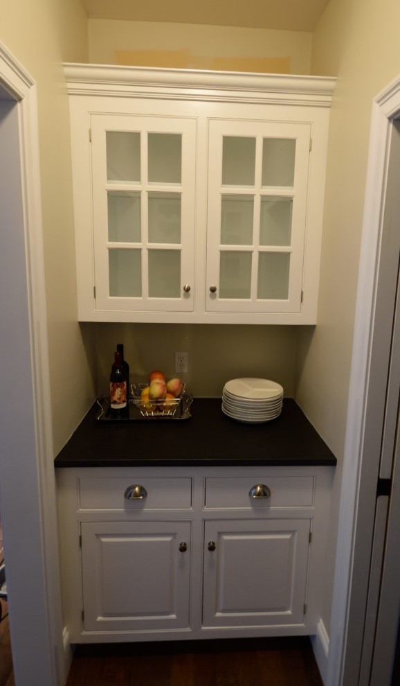 Cabinet Refinishing - Image of Painted Kitchen Cabinets